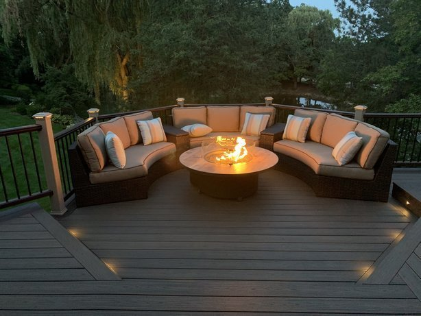 Trex deck_ Trex decking_ Local deck builder near me_ Deck builder