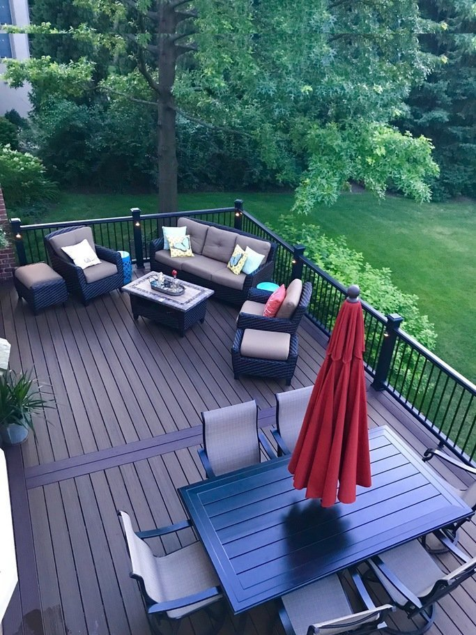 Naperville Trex deck_ Local deck builder_ Spiced Rum and Trex Transcend Railing