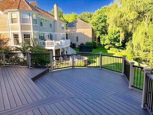 Platinum decking | Trex deck in Barrington IL