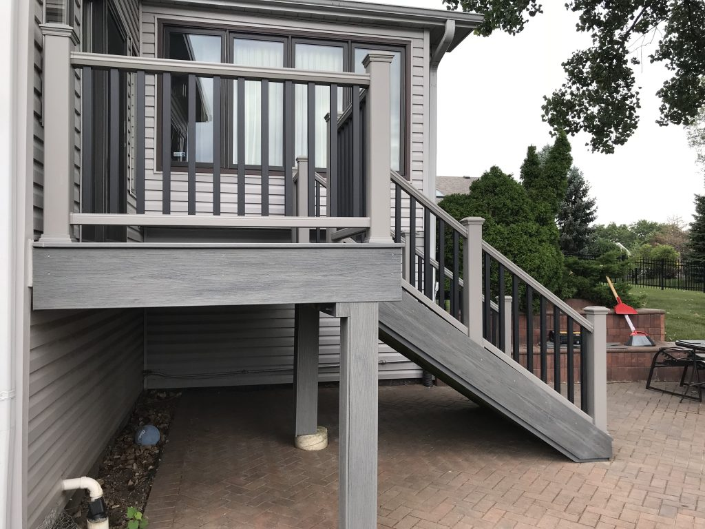 Deck builder- Backyard deck ideas Trex- Vernon Hills