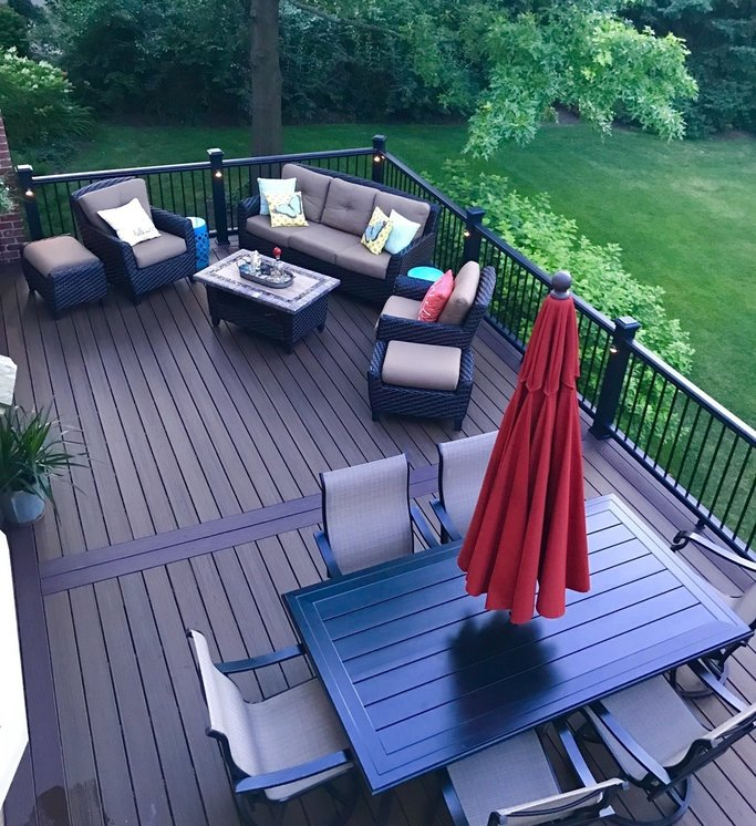 Platinum Decking Libertyville is the top-ranked beck builder the Libertyville and the Chicago Suburbs. Our passion behind deck building has come from years in the home improvement industry.