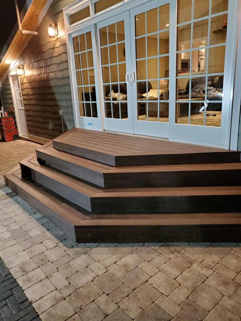 Trex Composite Deck Backyard Stoop- Trex Transcend- Mundelein