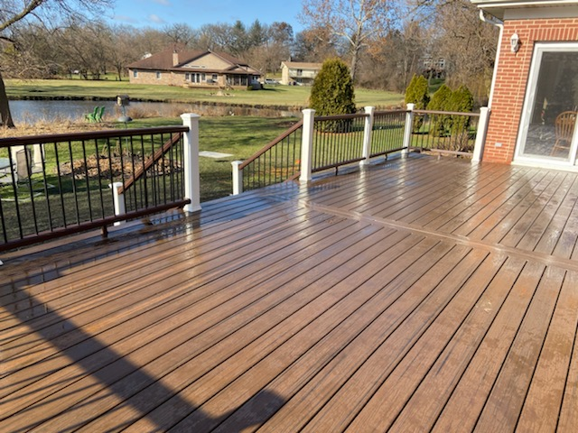Palatine Deck Builders- 5 Star Trex Decks
