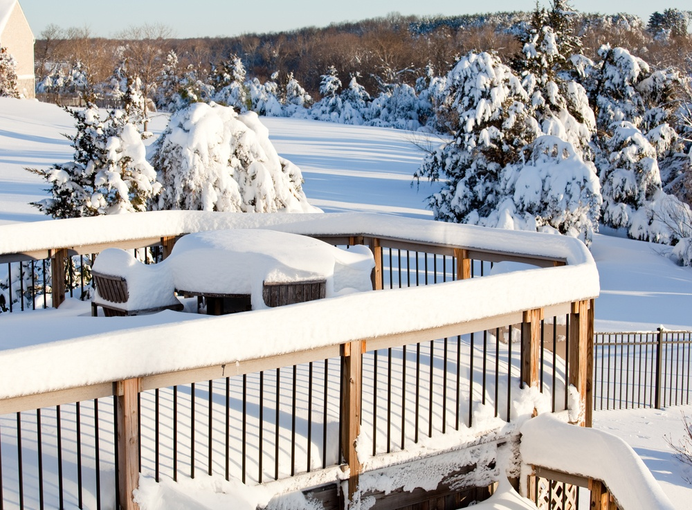 Deck snow removal