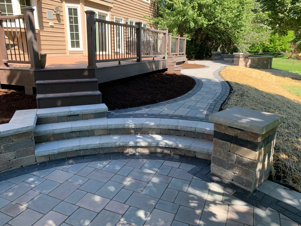 Naperville- Backyard- Stone- Patio