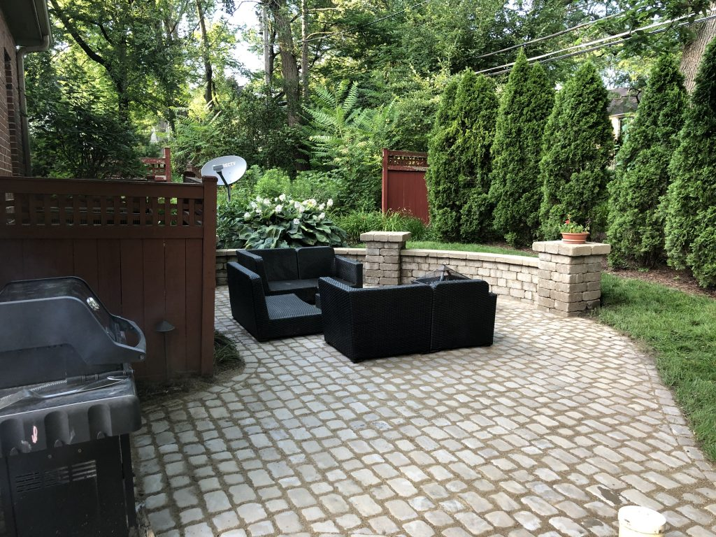 Naperville- Landscaping